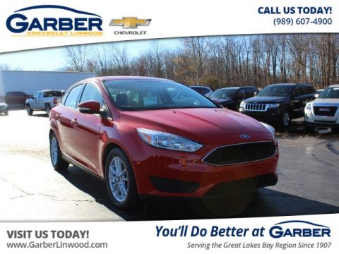 Pre-Owned 2015 Ford Focus SE FWD Sedan